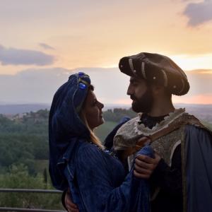 renaissance photoshoot in Italy